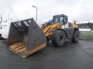 Used 2014 Liebherr L566 Front End Loader Diesel for sale in Burnaby, BC