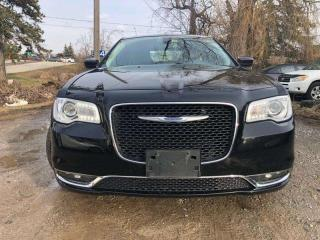 Used 2018 Chrysler 300 300 Touring 4dr AWD Sedan for sale in Winnipeg, MB
