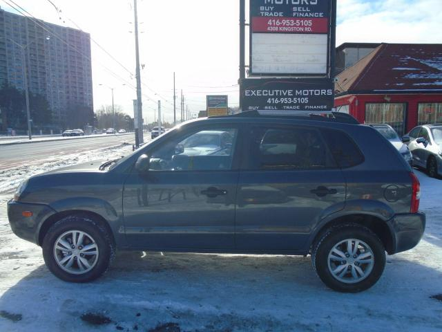 2009 Hyundai Tucson GL/ ONE OWNER / ALLOYS / HEATED SEATS /SUPER CLEAN