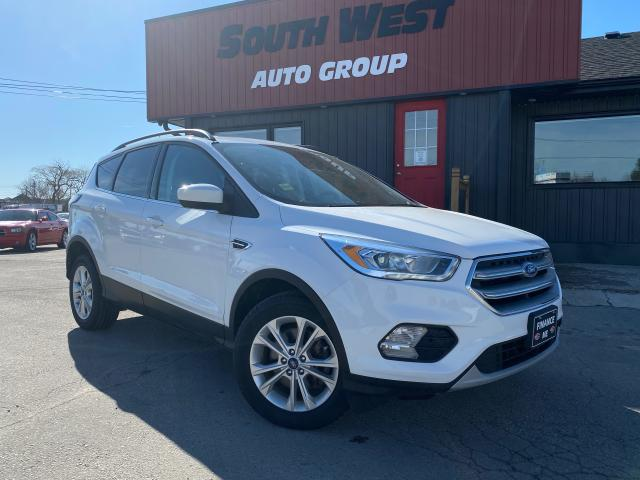 2017 Ford Escape SE|AWD|PanoRoof|HtdSeats|Bluetooth|Alloys