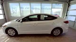Used 2017 Hyundai Elantra Auto LE + BLUETOOTH + SIÈGE CHAUFFANT for sale in Ste-Julie, QC
