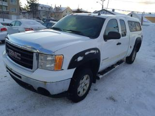 Used 2010 GMC Sierra 1500 SLE ( frais vip 395$ non inclus) for sale in Rouyn-Noranda, QC