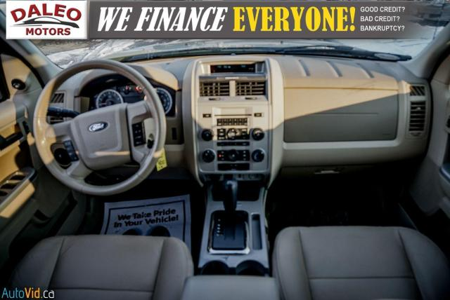 2011 Ford Escape XLT / SUNROOF / SIRIS RADIO / HEATED SEATS Photo14