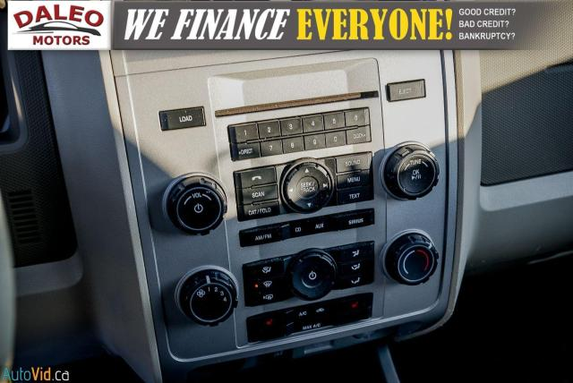 2011 Ford Escape XLT / SUNROOF / SIRIS RADIO / HEATED SEATS Photo21