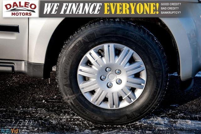 2011 Ford Escape XLT / SUNROOF / SIRIS RADIO / HEATED SEATS Photo25