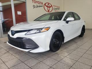 Used 2018 Toyota Camry HYBRID * HYBRID * XLE * CUIR * TOIT OUVRANT * GPS * for sale in Mirabel, QC