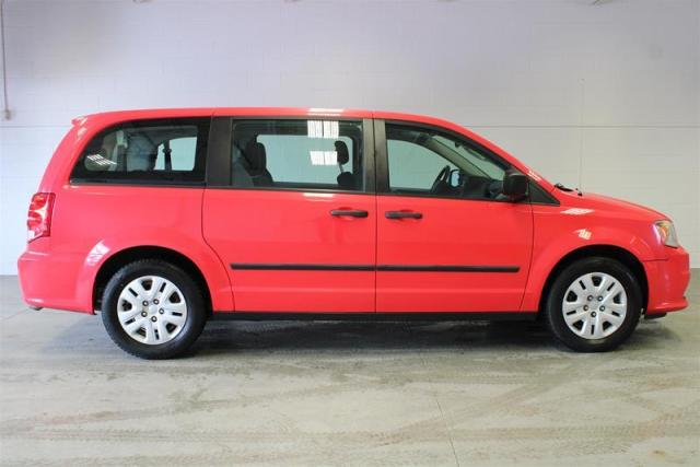 2013 Dodge Grand Caravan WE APPROVE ALL CREDIT.