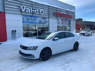 Used 2015 Volkswagen Jetta Highline TDI DSG **** DIESEL**** DIESEL * CUIR *  TOIT OUVRANT * for sale in Val-d'Or, QC