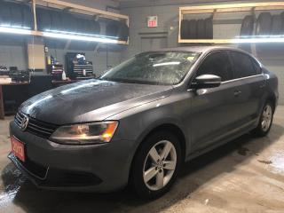 Used 2013 Volkswagen Jetta Sunroof * Heated Cloth Seats *  Heated Mirrors * OEM Jetta Rubber Floor Mats * 5 Speed Manual * Steering Wheel Controls * Hands Free Calling * for sale in Cambridge, ON