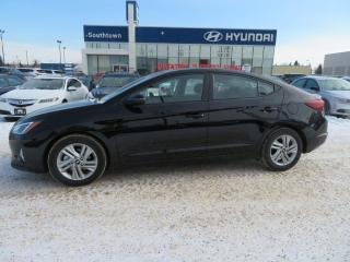 Used 2020 Hyundai Elantra PREFERRED W/SUN AND SAFTEY/SUNROOF/APPLE CARPLAY/BLIND SPOT for sale in Edmonton, AB