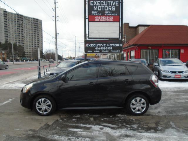 2010 Pontiac Vibe LOADED / SUPER CLEAN / FUEL SAVER / RELIABLE