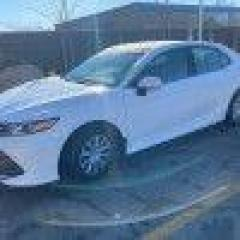 Used 2018 Toyota Camry LE for sale in Toronto, ON