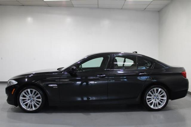 2011 BMW 550i WE APPROVE ALL CREDIT.