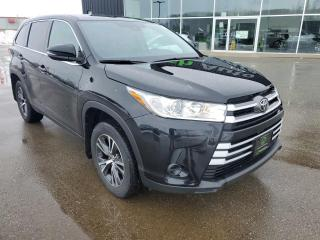 Used 2019 Toyota Highlander LE 8 PASSENGER, Bluetooth, Lane Departure! for sale in Ingersoll, ON