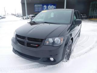 Used 2017 Dodge Grand Caravan SXT,STOW'N GO CAMERA,CRUISE,MAGS for sale in Mirabel, QC