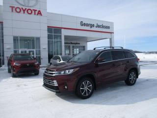Used 2018 Toyota Highlander XLE for sale in Renfrew, ON