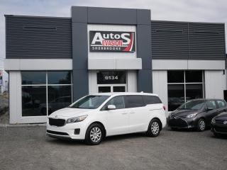 Used 2015 Kia Sedona L 7 PASSAGERS + INSPECTÉ + VITRES TEINTÉES for sale in Sherbrooke, QC