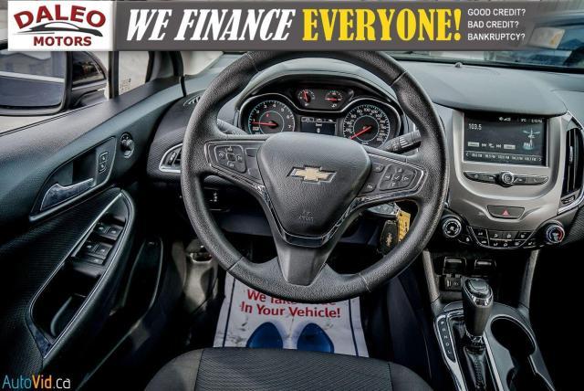 2017 Chevrolet Cruze LT /  BACKUP CAM / HEATED SEATS / USB / Photo14