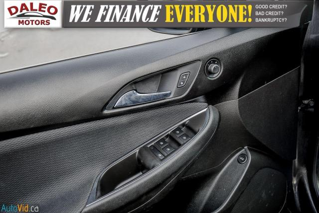 2017 Chevrolet Cruze LT /  BACKUP CAM / HEATED SEATS / USB / Photo16