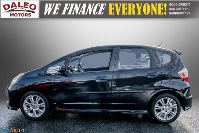 2011 Honda Fit LX / ACCIDENT FREE / LOW MILES / USB INPUT Photo5