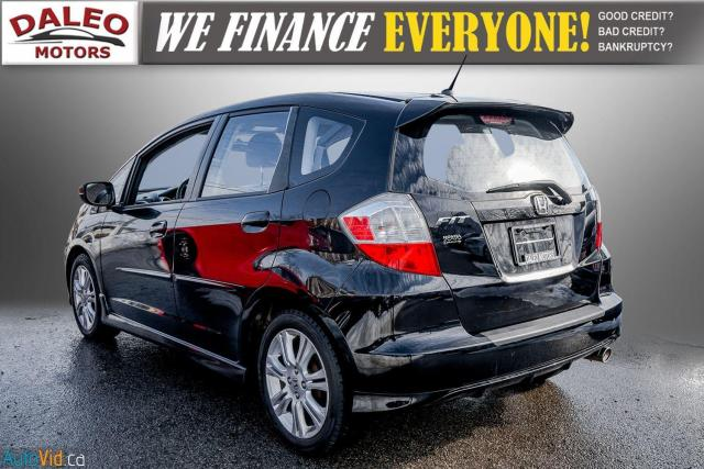 2011 Honda Fit LX / ACCIDENT FREE / LOW MILES / USB INPUT Photo6