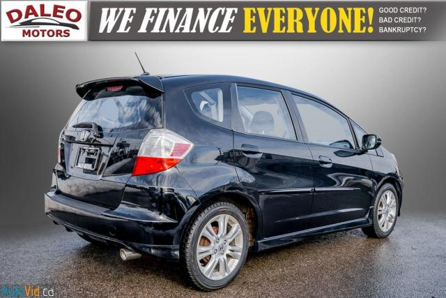 2011 Honda Fit LX / ACCIDENT FREE / LOW MILES / USB INPUT Photo8