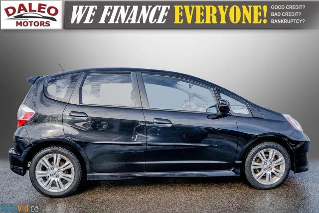 2011 Honda Fit LX / ACCIDENT FREE / LOW MILES / USB INPUT Photo9