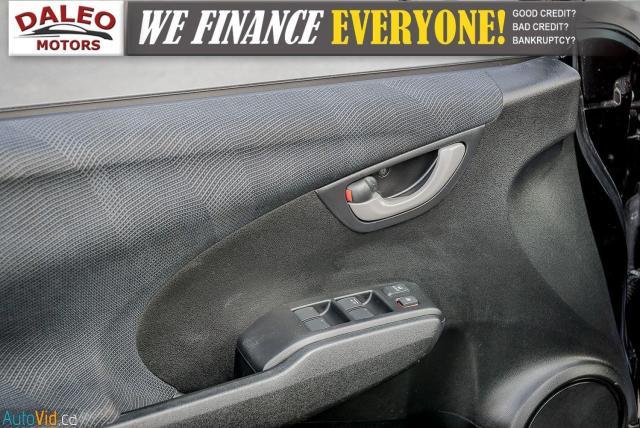 2011 Honda Fit LX / ACCIDENT FREE / LOW MILES / USB INPUT Photo15