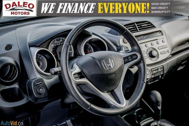 2011 Honda Fit LX / ACCIDENT FREE / LOW MILES / USB INPUT Photo16