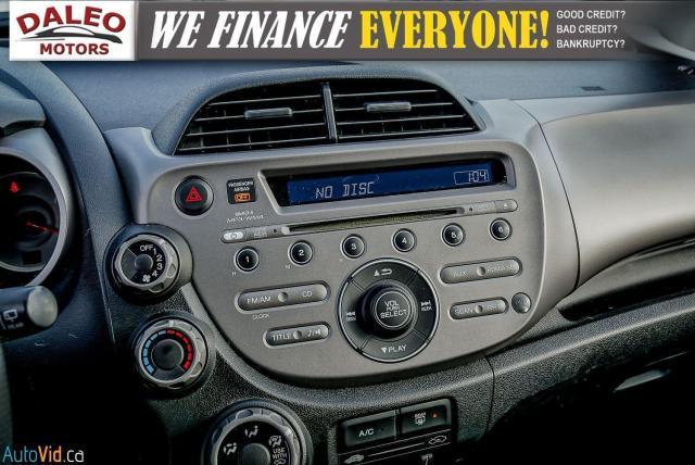 2011 Honda Fit LX / ACCIDENT FREE / LOW MILES / USB INPUT Photo21