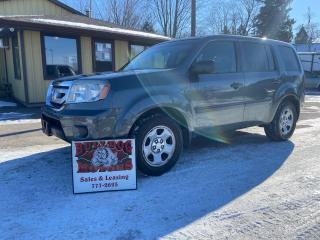 Used 2011 Honda Pilot LX for sale in Glencoe, ON