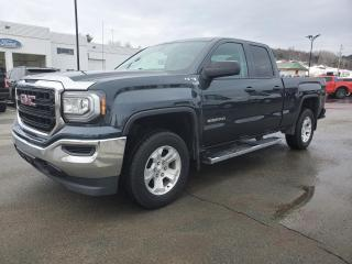 Used 2018 GMC Sierra 1500 CABINE DOUBLE, 4X4, V8 5,3L, for sale in Vallée-Jonction, QC