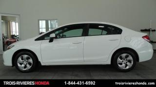 Used 2015 Honda Civic LX + BLUETOOTH + CAMERA + A/C ! for sale in Trois-Rivières, QC