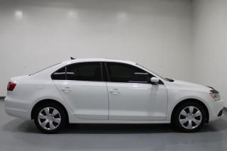 Used 2014 Volkswagen Jetta Highline 1.8T 6sp at w/Tip for sale in Cambridge, ON