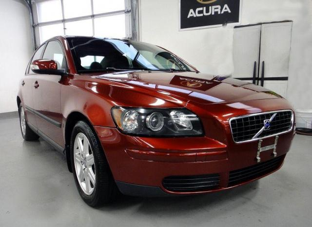 2007 Volvo S40 WELL MAINTAIN,NO ACCIDENT