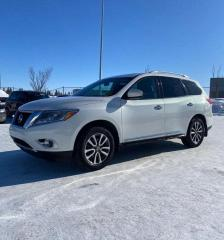 Used 2013 Nissan Pathfinder AWD   LEATHER - $0 DOWN - EVERYONE APPROVED! for sale in Calgary, AB