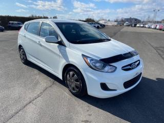 Used 2014 Hyundai Accent GL for sale in Pintendre, QC