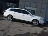 Photo of White 2011 Lincoln MKT