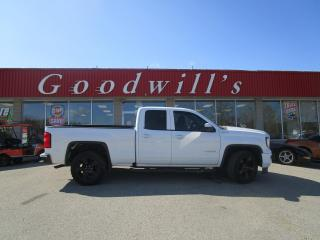 Used 2018 GMC Sierra 1500 PRICED TO SELL! RUNS EXTREMELY WELL! for sale in Aylmer, ON