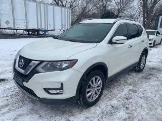 Used 2017 Nissan Rogue SV for sale in Oshawa, ON