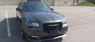 Used 2018 Chrysler 300 $250 cash back offer on all our financing program, for sale in Kitchener, ON