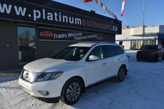 Used 2016 Nissan Pathfinder SL LEATHER!! 3RD ROW SEATING!! HEATED SEATS FRONT AND BACK!! HEATED STEERING WHEEL!! for sale in Saskatoon, SK