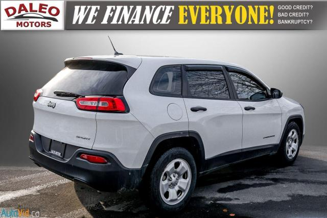 2015 Jeep Cherokee SPORT / WOOD TRIM / REAR WIPER / SPOILER Photo8