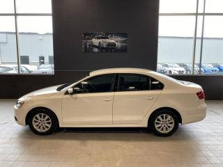 Used 2012 Volkswagen Jetta Modèle Comfortline 4 portes 2,0L boîte a for sale in St-Georges, QC