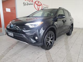 Used 2018 Toyota RAV4 * HYBRID AWD SE * CUIR * TOIT OUVRANT * GPS * MAGS for sale in Mirabel, QC