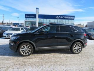 Used 2016 Lincoln MKC SELECT/LEATHER/PANO ROOF/NAV for sale in Edmonton, AB