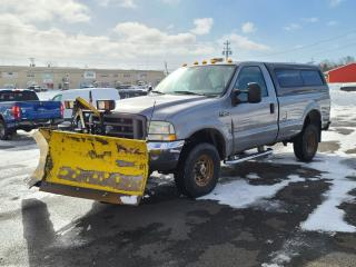 Used 2004 Ford F-350 SRW SUPER DUTY XLT 4X4 REGULAR CAB W/ PLOW for sale in Port Hawkesbury, NS