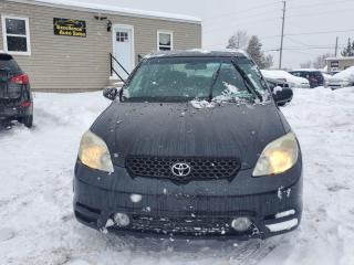 Used 2004 Toyota Matrix 2WD for sale in Stittsville, ON