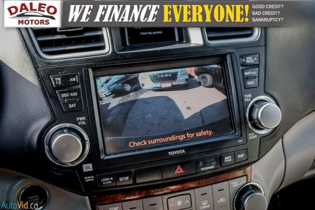 2012 Toyota Highlander LTD / 7 PASS / LEATHER / MOONROOF / NAVI / CAM Photo21