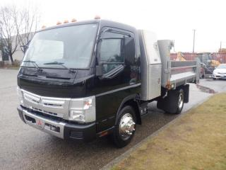 Used 2013 Mitsubishi FUSO Dump Truck 3 Passenger  9.5 foot dump box Diesel for sale in Burnaby, BC